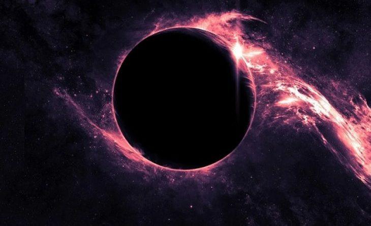 US учен бие тревога: Черна дупка поглъща Земята - 0