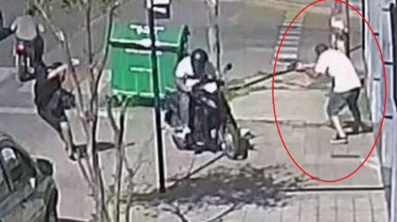 Police in Argentina have killed a thief who tried to steal