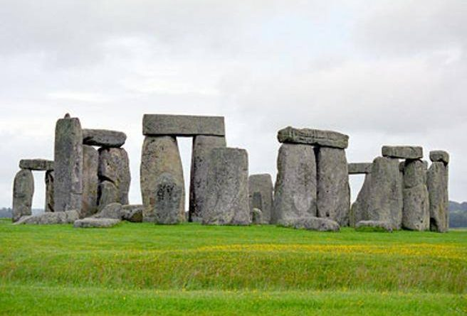 """Stonehenge """"Second Hand"""" was originally from Wales- Courier.it"""