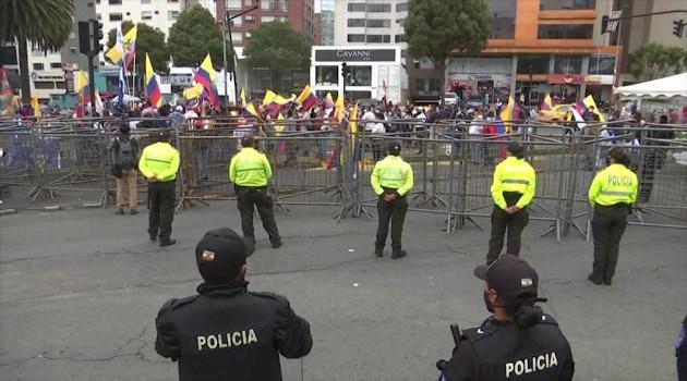 Las organizaciones indígenas de Ecuador iniciaron una masiva marcha hacia la capital, Quito, en defensa de la democracia. /Foto: HispanTV