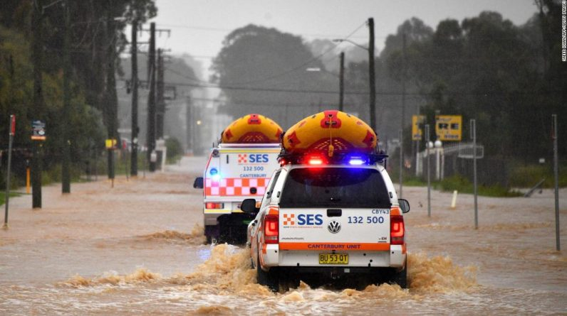 "Some parts of Australia report natural disasters caused by floods ""once every 100 years"""