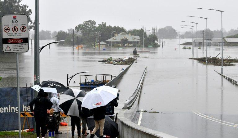 Inondation à Windsor, au nord-ouest de Sydney en Australie, le 23 mars 2021 (AFP - Saeed KHAN)