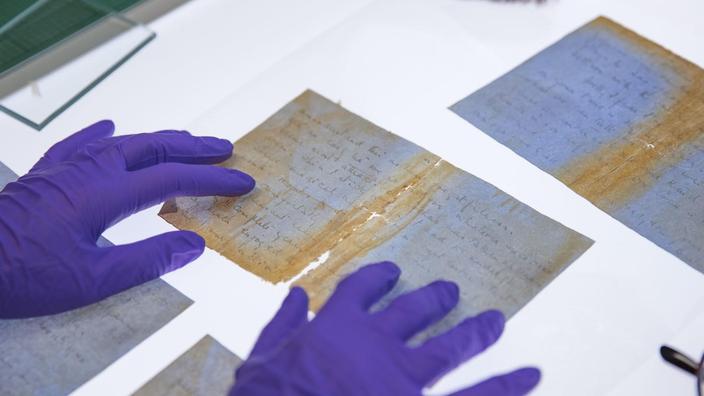 Grâce au travail minutieux des experts du musée de la Poste britannique, la lettre elle a pu être recomposée.