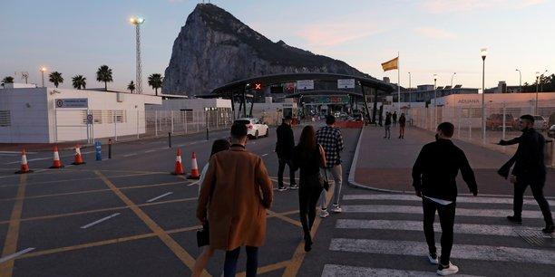 Accord pour laisser la frontiere de gibraltar ouverte[reuters.com]