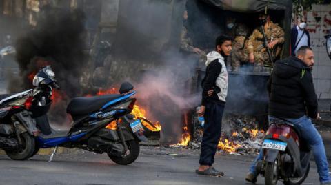 "The ""bone-breaking"" battle between Aun and Hariri"
