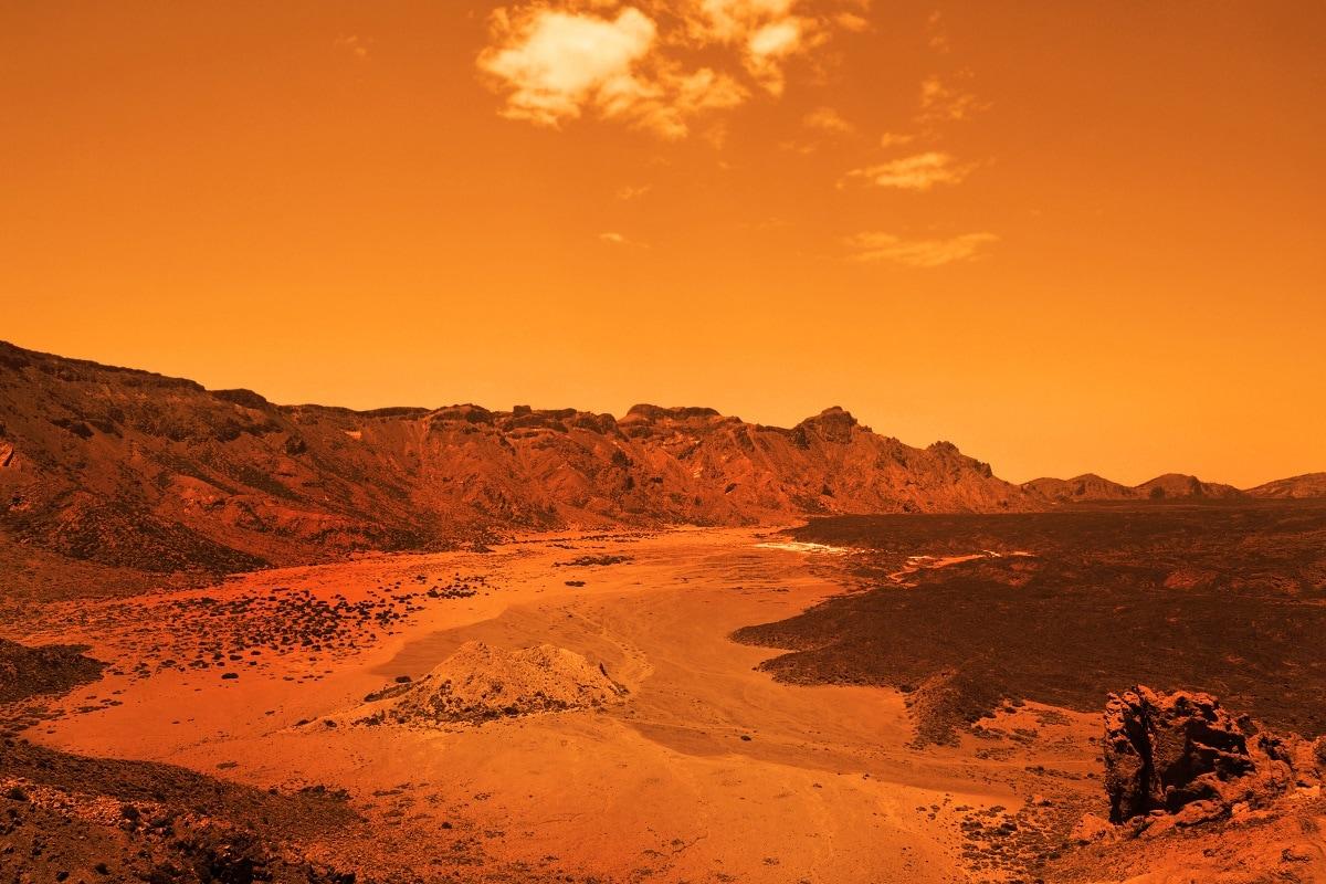 , Mars, NASA, Microbial Life, Mars Life, Mars Surface, Signs of Life, Perseverance Rover,
