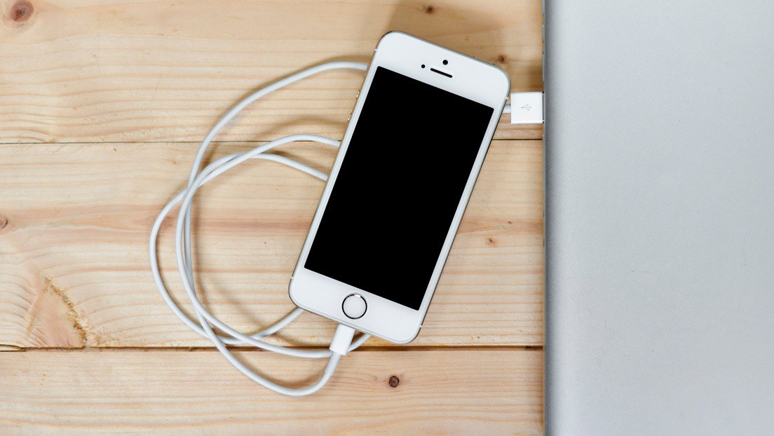 They reveal why you should not use a third-party iPhone charger