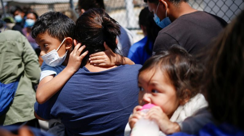 American and Mexican bishops call for unity with immigrants