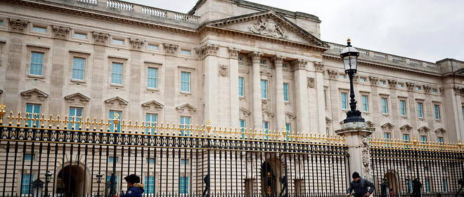 Buckingham Palace: It was in this universe of gold and luxury that Prince Philip, his wife and his young family settled in 1952 following the death of George VI.