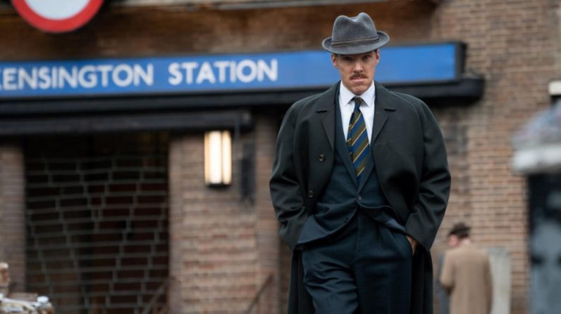 Netflix produces a series adaptation of the 39 Steps novel with Benedict Cumberbatch