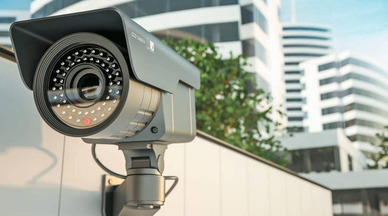 Private surveillance companies will share security cameras with Bogot police