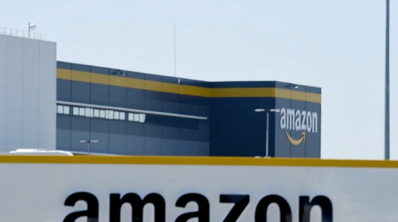 Social.  Amazon finally agrees that some employees urinate in bottles, but ...