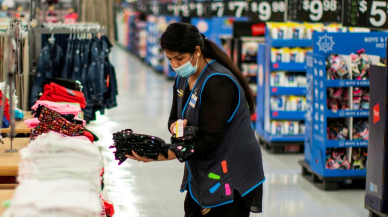 USA |  Walmart still wants to better retain full-time employees