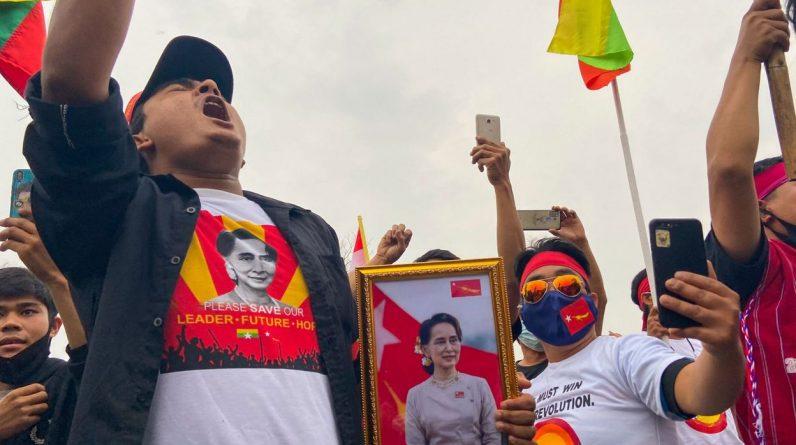 Washington bans Burmese state-owned gem production company