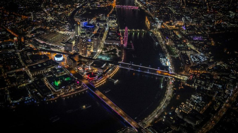 In London, glowing river and light pollution form the bridge
