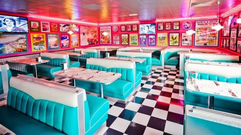 Tommy's City Dinner makes its big comeback in Pink City