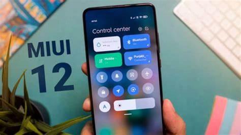 Тема Hello White V12 для MIUI порадовала поклонников Xiaomi