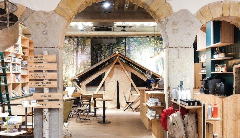 """Via son 1er magasin """"Camp de base"""", """"Huttopia"""" pose sa tente dans la Presqu'île lyonnaise"""