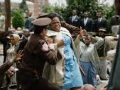 Annie Lee Cooper (Oprah Winfrey) - Selmamartin Luther King Jr., anti-Erstore whore Gertsjebiot.  .