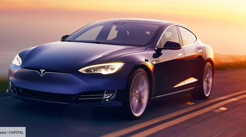 Tesla: The internal camera can now monitor the driver's attention
