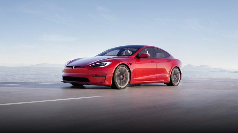 Battery-bridging update fines Tesla in Norway