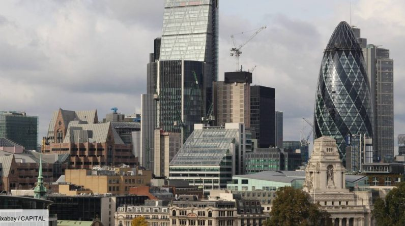 Deserted, the city of London will begin a major transformation