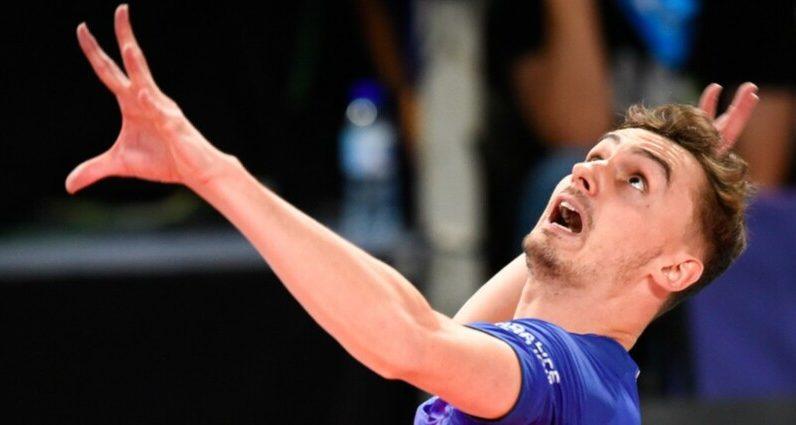 France continues against Australia