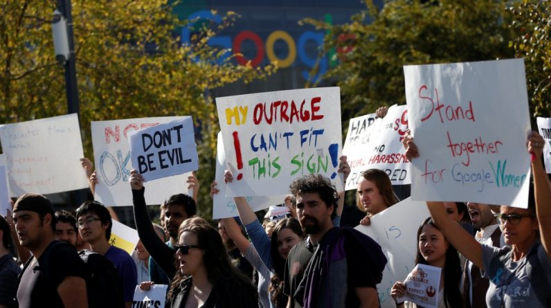 Google is threatening to lose its employees if they force them to return to their offices