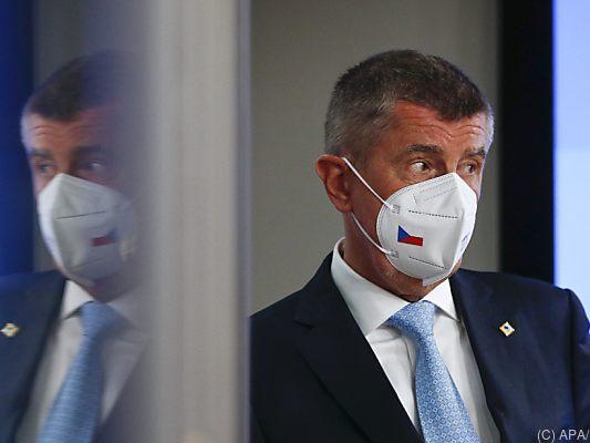 Police recommend charges against Czech PM Bobiz - politics