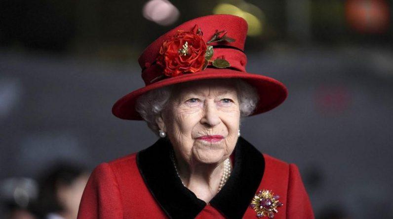 Une enquête du Guardian, basée sur des documents issus des Archives nationales, affirme que Buckingham Palace auraient empêché des minorités ethniques et des étrangers d'occuper des postes administratifs… alors qu'ils pouvaient travailler en tant que domestiques. Photo Steve Parsons / POOL / AFP