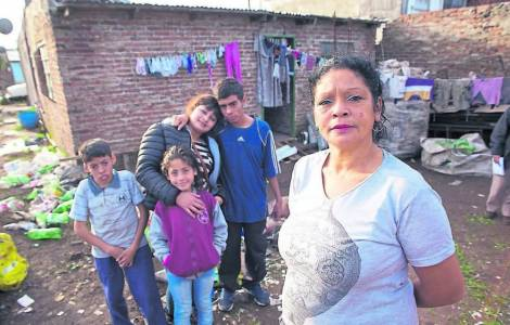 US / Argentina - entire families die without help: Annual fundraising to fight poverty