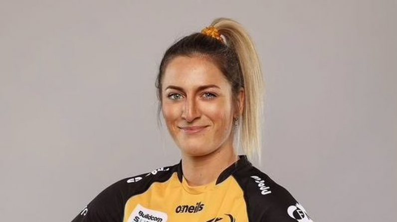 """Feasting on """"Roots"""" in Australia, Ajane finds herself in Emma Decker Super Rugby"""