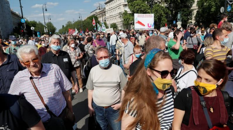 Hungarians protest against planned Chinese campus