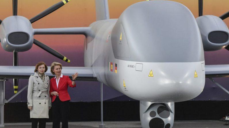 La maquette de l'Eurodrone était la mascotte du Salon aérospatial de Berlin en avril2018. Trois ans plus tard, les contrats ne sont toujours pas passés.