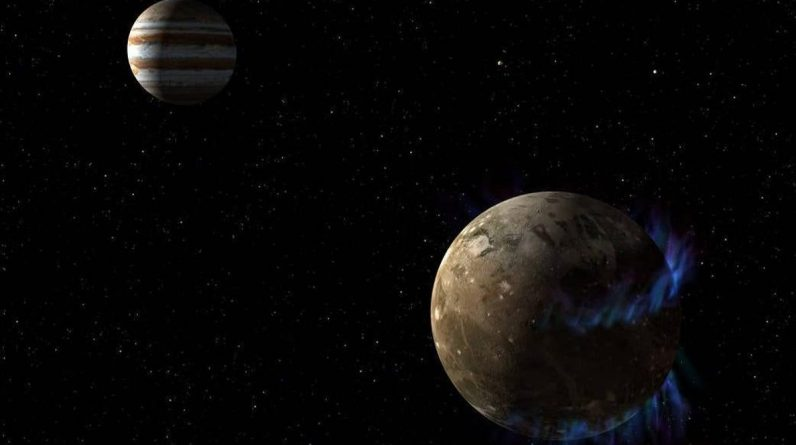 The Juno probe flies over the canyon to unravel its secrets