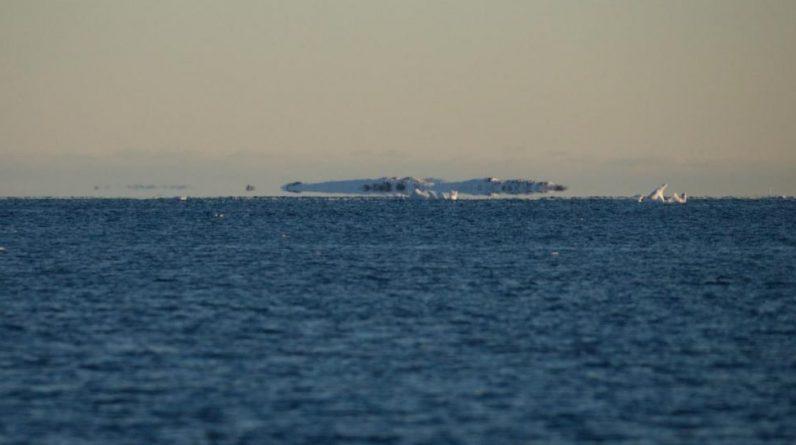 Ukrainian polar explorers record extraordinary event in Antarctica (photo) - UNIAN