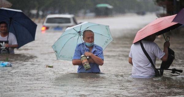 3 days of rain equals one year, flooding in China 'once in a thousand years'