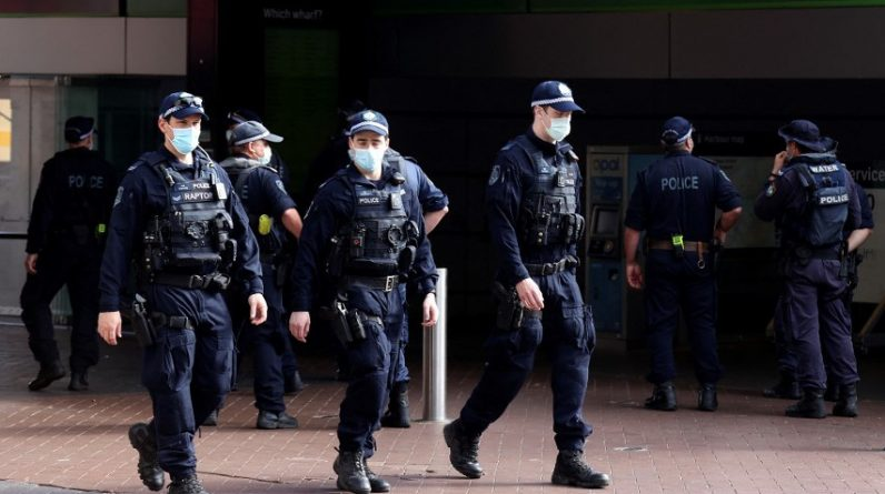 Australia uses the military to enforce a restraining order