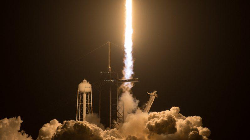 Symbol - Overseas - Elon Musk takes NASA to Jupiter's Moon