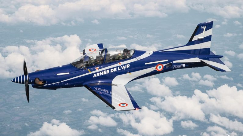 The French military orders 9 aircraft from Switzerland