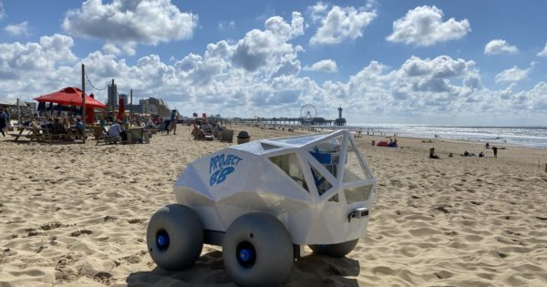 See: This robot cleans the beaches of cigarette butts and you can help him without leaving the house
