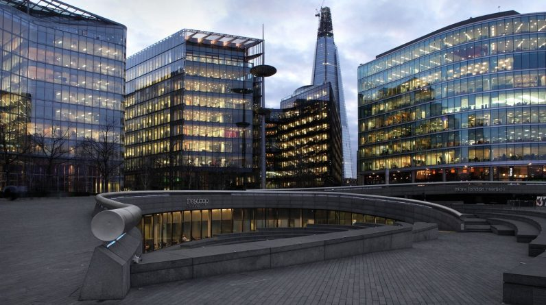 Deserted since the outbreak, the city of London will relocate its offices to housing