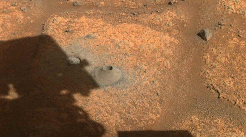 NASA_rover preservance_prvy neuspesny vrt pri odbere vzoriek