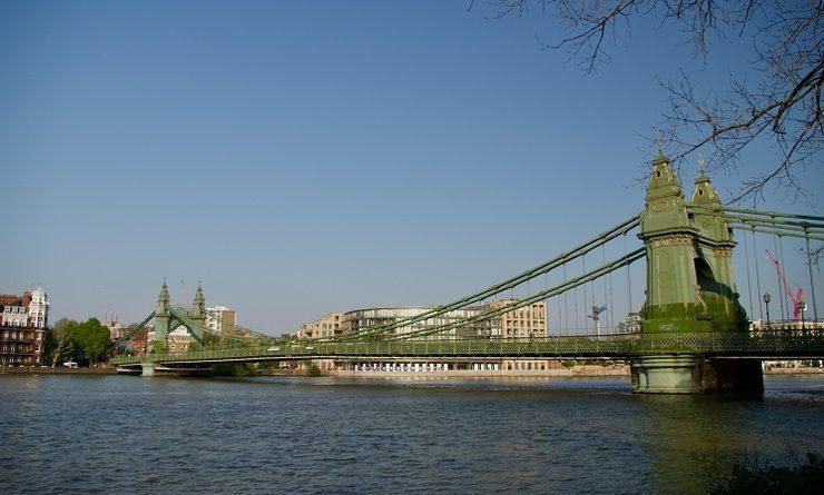 Le pont de Hammersmith à Londres