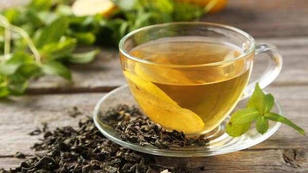 Green tea and cocoa for the prevention of serious diseases associated with aging