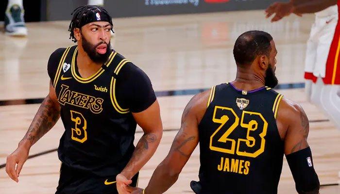 lebron james et anthony davis Game 2 contre Miami Heat NBA