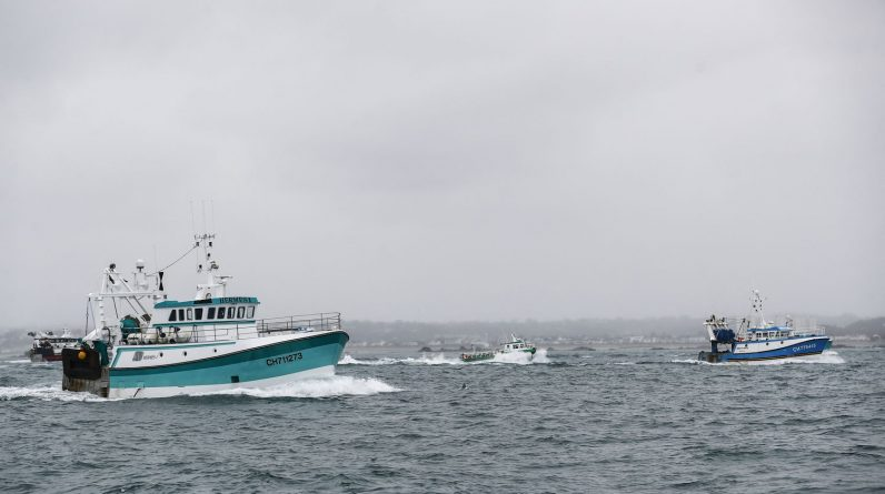 """Paris condemns London's """"new denial"""" of fishing licenses in British waters"""