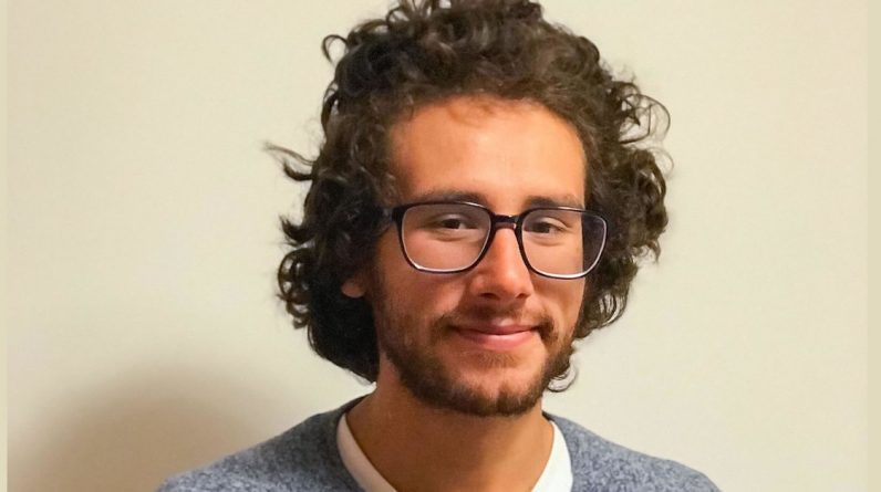 Sebastian Hurtado, Colombian mathematician, is the recipient of some of the world's greatest awards.