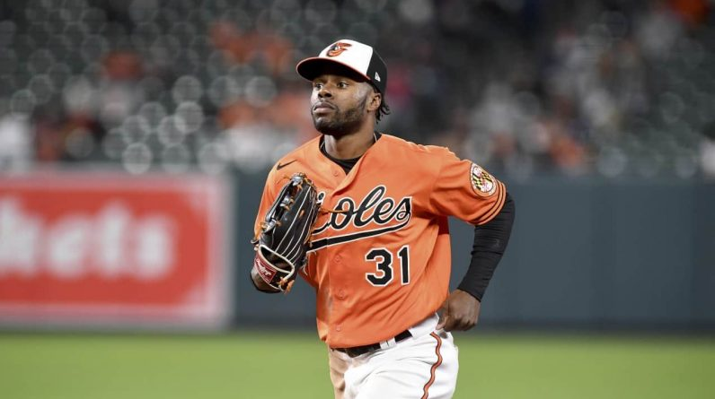 With orioles, not everything can be thrown away
