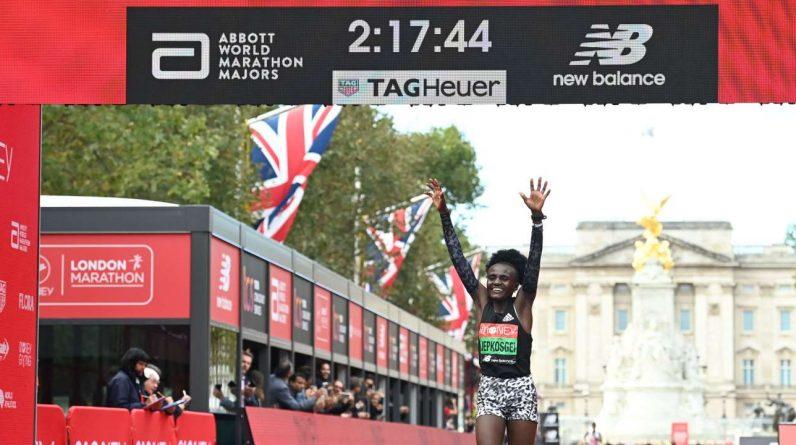 Joycelyn Jepkoske of Kenya and Sise Lemma of Ethiopia win the London Marathon